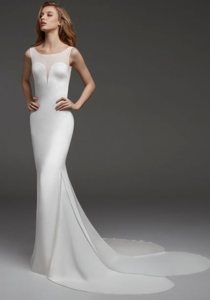 Minimalist Crepe Gown with Petals Train
