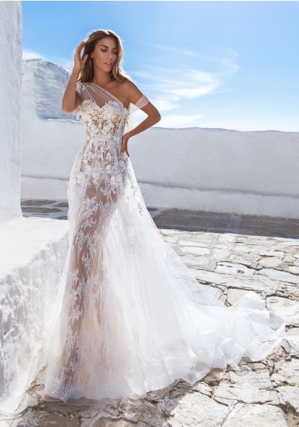Embroidered Illusion Tulle Wedding Dress