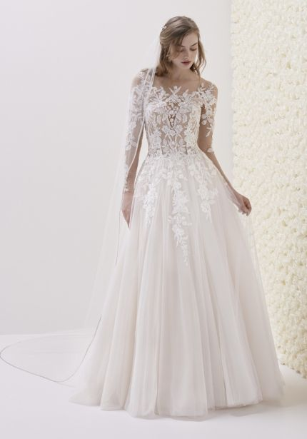 Embellished Long Sleeves Tulle Wedding Dress