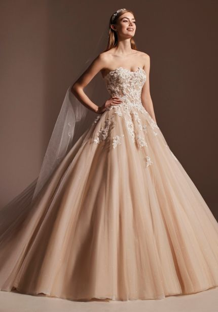 Beaded Flowers Tulle Wedding Dress
