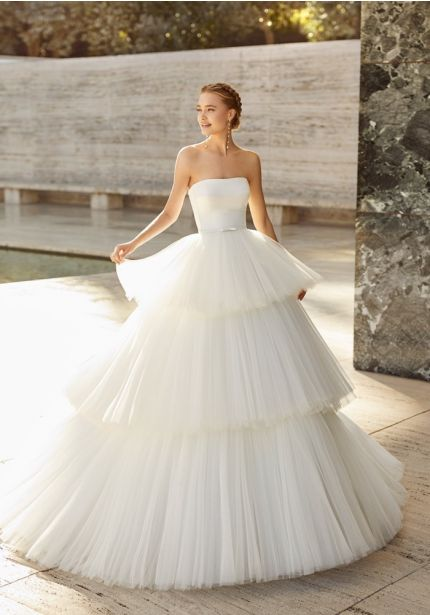 Romantic Tiered Tulle Ball Gown