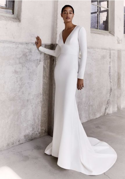 Long Sleeves Crepe Gown With Chic Bow